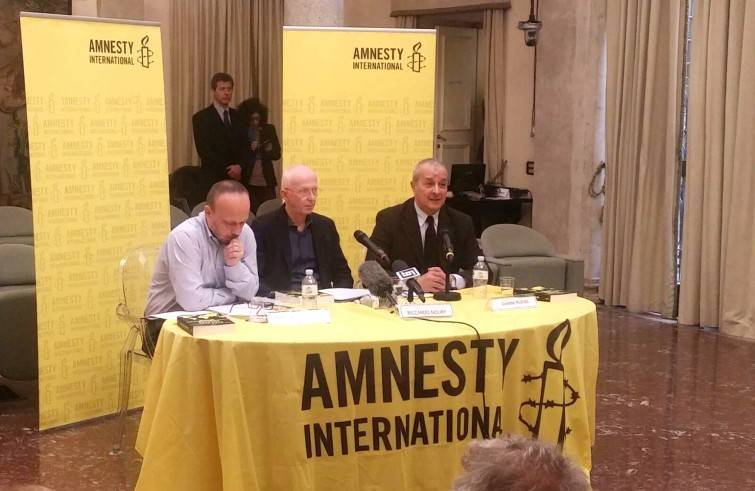 La conferenza stampa di Amnesty (Foto Sir)