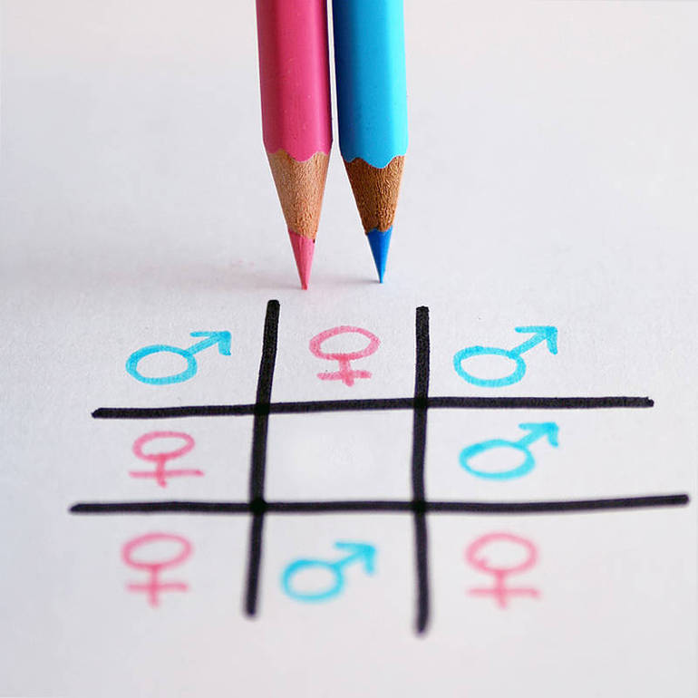 Card. Bagnasco: no alla teoria gender nei programmi scolastici