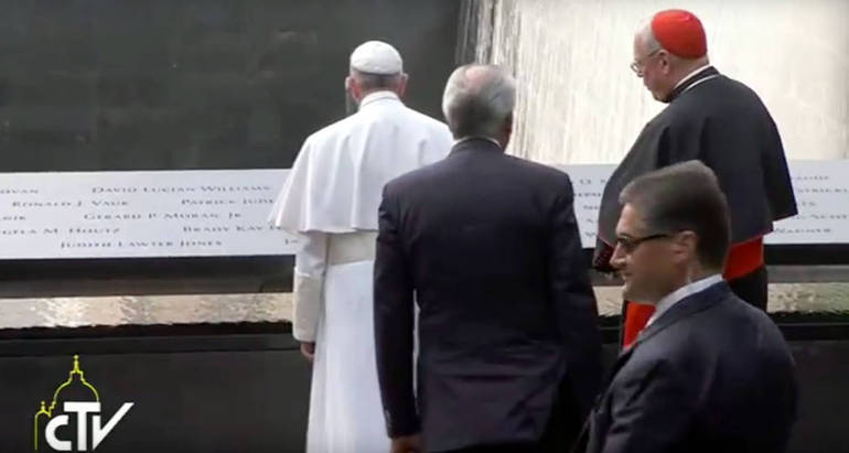 Papa Francesco a Ground Zero