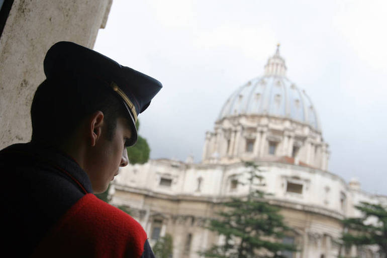 Indagini in Vaticano (foto Sir)